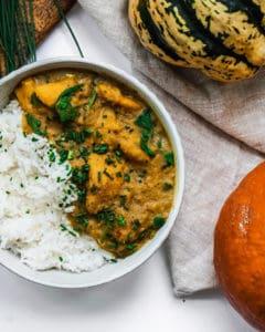 vegan fall recipe- cioconut lentil pumpkin curry