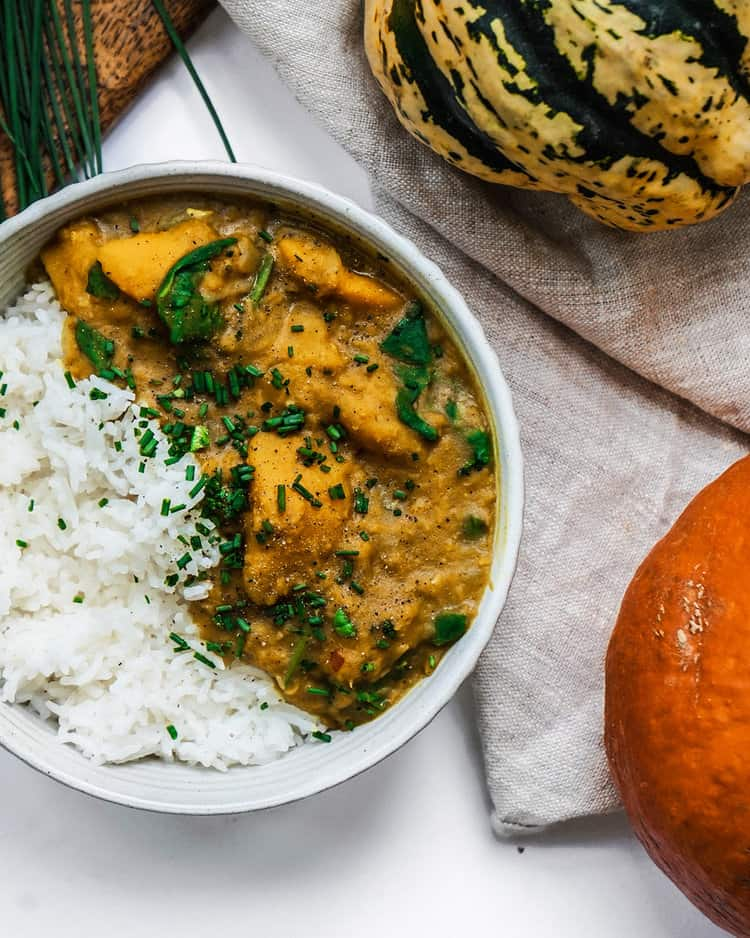 vegan fall recipe- cioconut lentil pumpkin curry