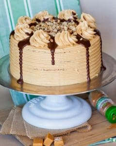 Aple pie maple pecan cake