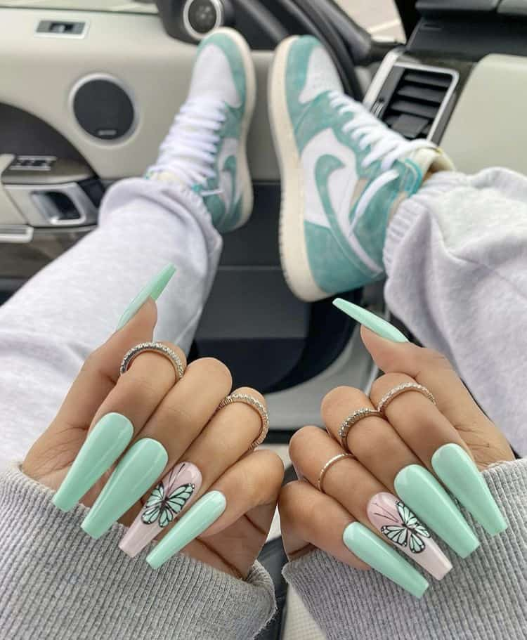 Sherlina nym nails & sneakers