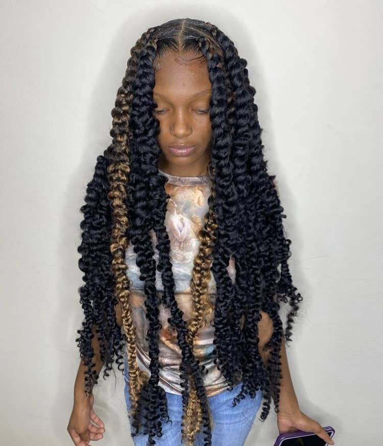 Blonde and black jumbo passion braids