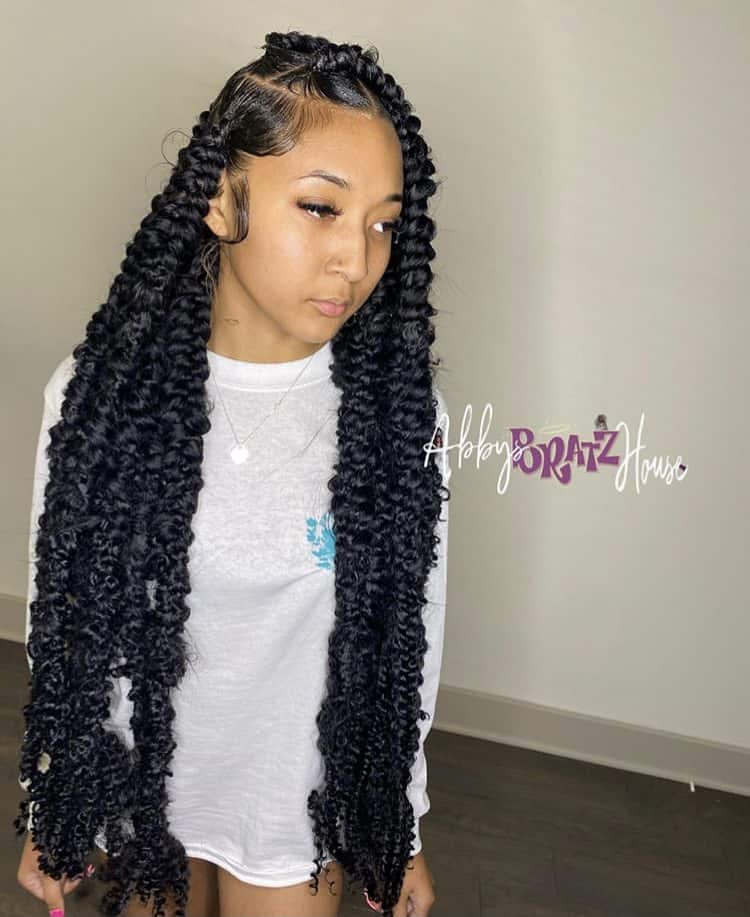 Long jumbo Knotless passion braids