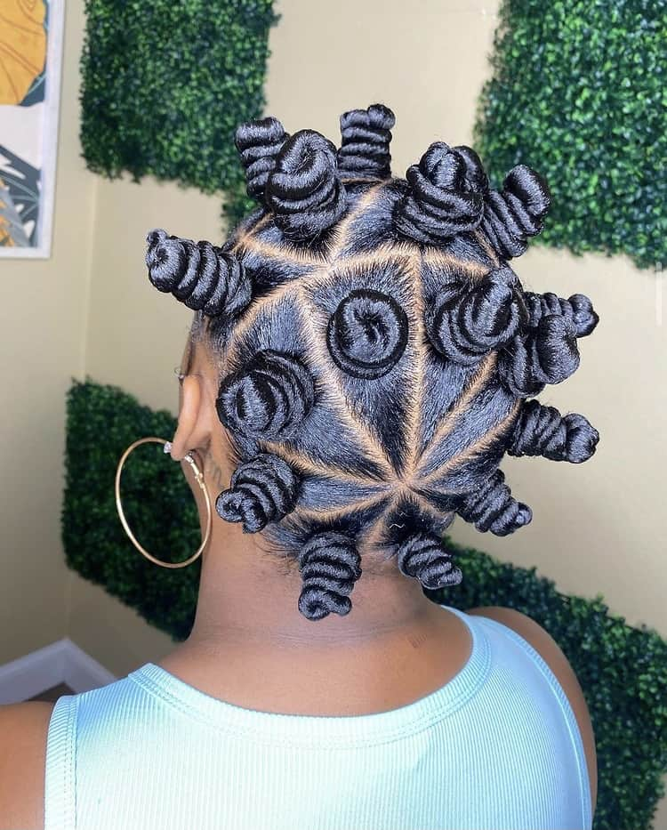 Bantu knots with triangle parts